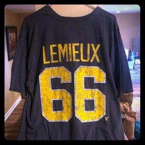 Bundle of NHL Penguins T-Shirts Lemieux/Crosby